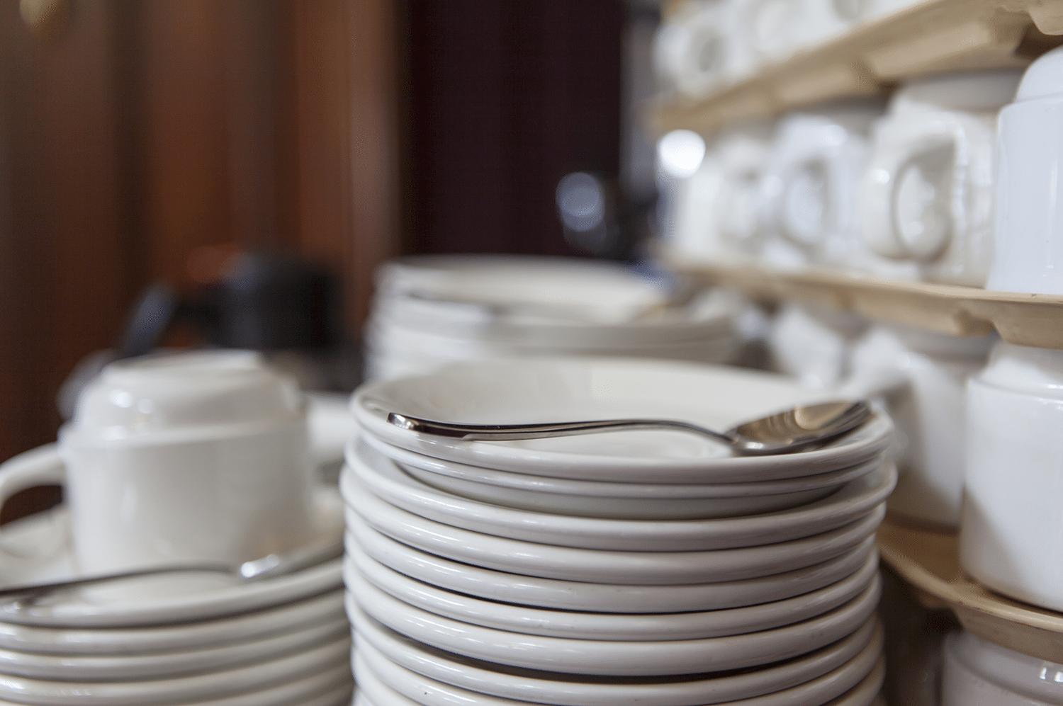 restaurant-equip-4Supply Solutions | Restaurant Equipment | Dishes | Plates | Utensils